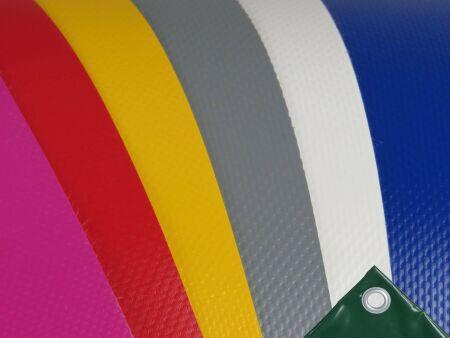 PVC-Plane mit Saum und Ösen - 650 g/m² - beidseitig beschichtet - B1-Qualität nach DIN 4102