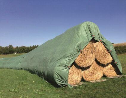 Strohballenschutz - Heu- und Getreideschutzvlies - grün - 9,80 m x 12,50 m